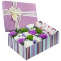 """Коробка с цветами """"Цветы для сладкоежки"""""""