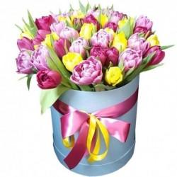 """Коробка с цветами """"Тюльпаны"""""""