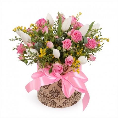 """Коробка с цветами """"Утренняя прогулка"""""""