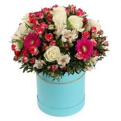 """Коробка с цветами """"Фантазия"""""""