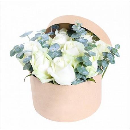 """Коробка с цветами """"Легкость"""""""